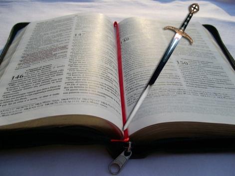 espada_biblia