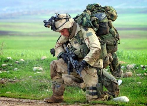 fotos-de-soldados-feridos-no-kosovo-nb18142